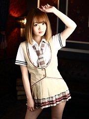 NEWオープン!セクシー制服女子と今なら3,000円で遊べる!!
