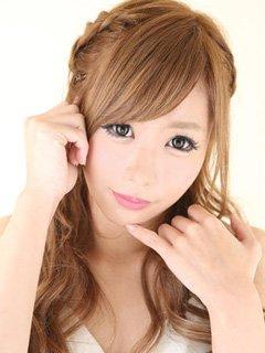厳選な審査をパスした最高級美女「ユキナ」ちゃんが、アナタを一流のサービスで虜にする…!