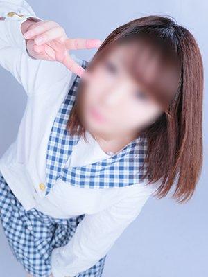 6/5新人紹介~身長143㎝!?真っ白い肌に王道の黒髪清楚♪