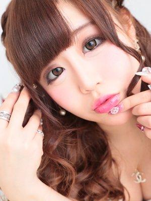攻略しやすい寂しがりやちゃん。彼女と親しくなれるのは歌舞伎町のアソコ!