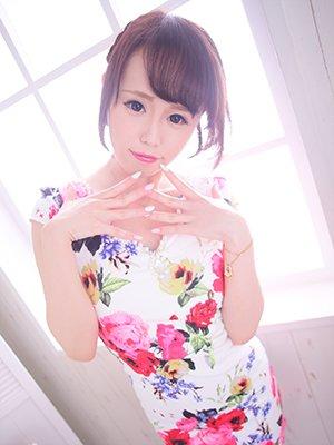 7/31新人紹介~色白スレンダー美女のクビレが最高すぎる!